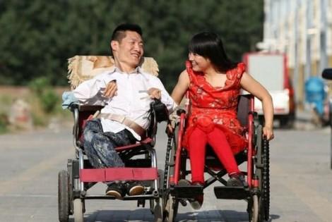 Cuộc sống hạnh phúc của cặp đôi 'tàn nhưng không phế'