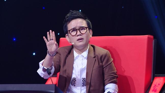 My Linh sung nguoi khi bi Phuong Uyen 'khui' chuyen chuyen hat quen loi