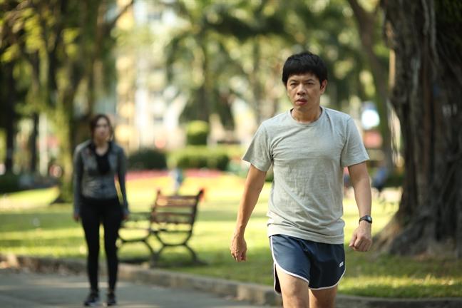 Thai Hoa- Charlie Nguyen lam phim chuyen the tu tieu thuyet Anh