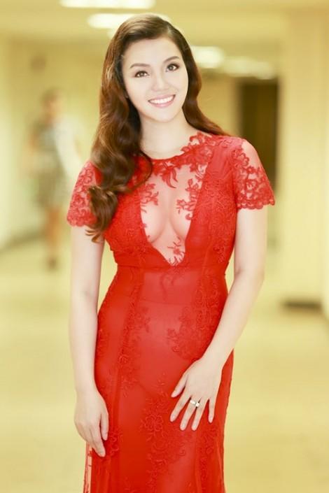 Gu thời trang của sao Việt từng theo nghiệp nhà giáo