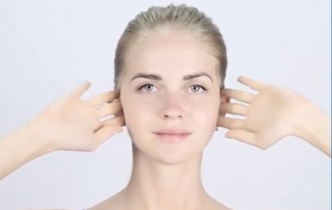 Bí quyết hồi sinh làn da với 5 phút mát-xa mỗi ngày