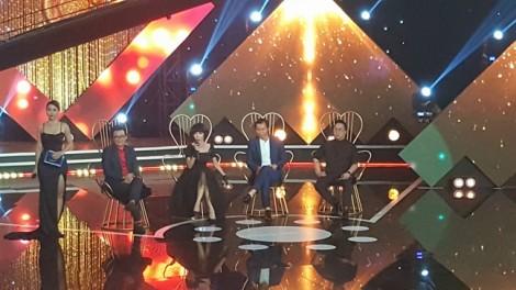 BTC 'Én vàng 2017' nói gì khi có thí sinh là 'gà nhà'?