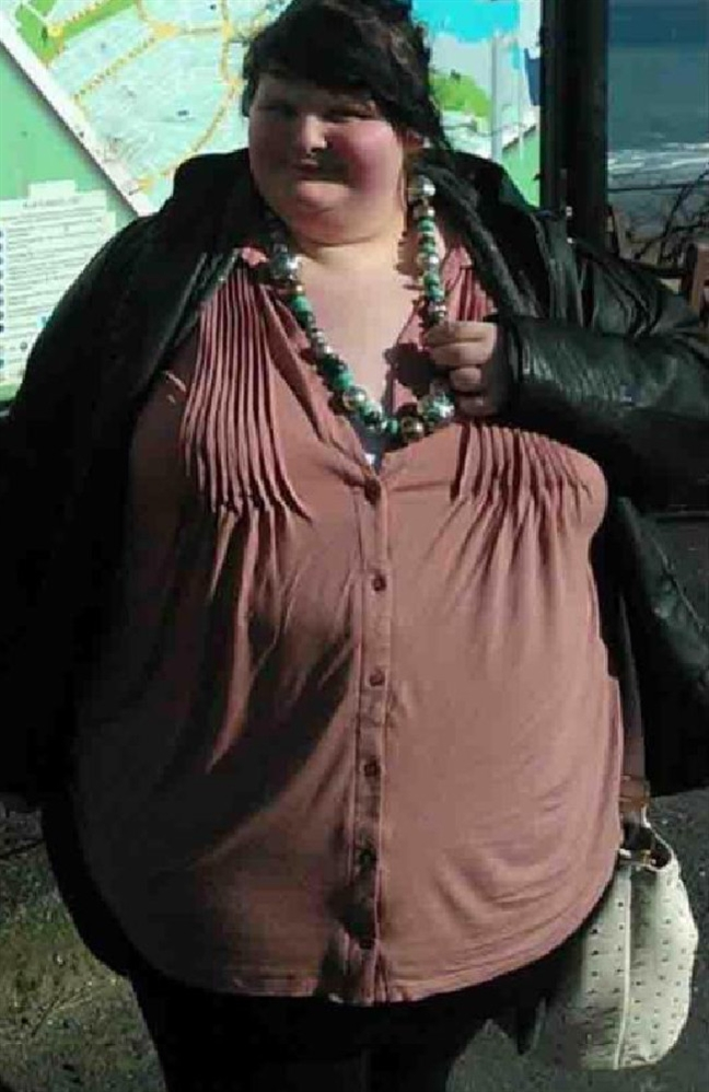 Co gai bi ban trai chia tay vi giam hon 100kg de tro thanh 'hot girl'