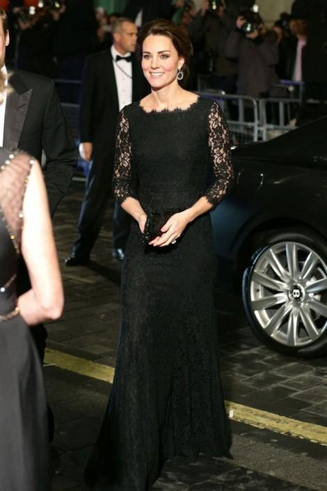 Cách mặc váy ren đẹp như Công nương nước Anh Kate Middleton