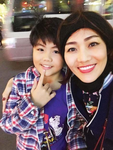 Ca sĩ Minh Thu: Nuôi con một mình là một trải nghiệm hạnh phúc