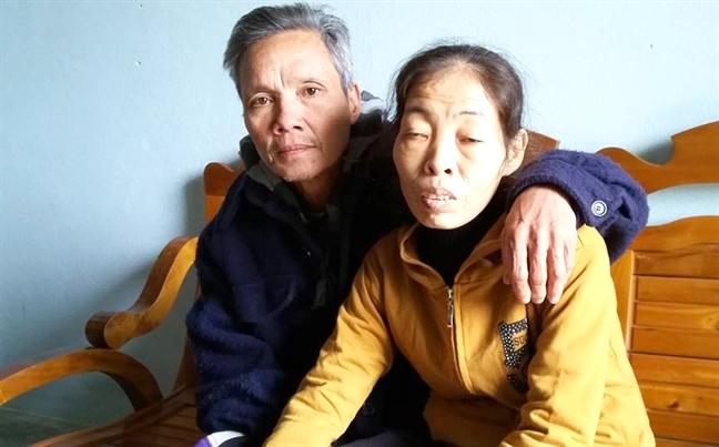 Chuyen 'banh duc co xuong' ve nguoi phu nu cham nuoi 8 con rieng cua chong