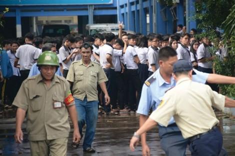Nhiều trường tại TP.HCM 'hễ cháy là chết'