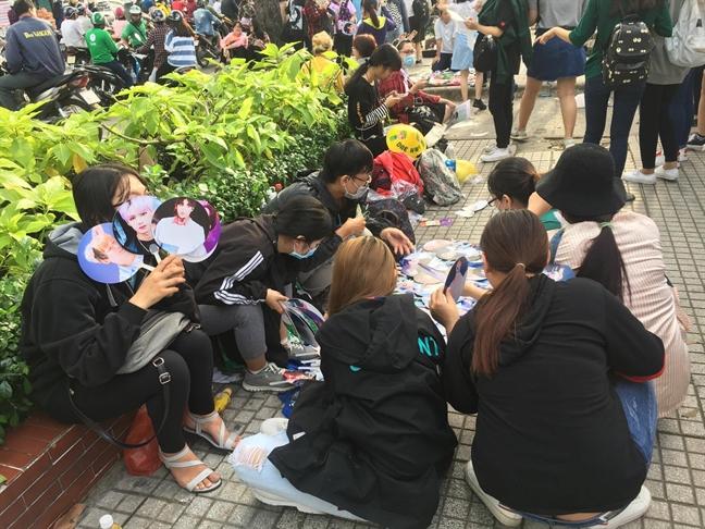 Fan K-pop khien le trao giai MAMA 2017 nong ruc truoc gio G