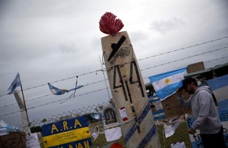 Hy vọng tắt ngấm sau 9 ngày tìm kiếm tàu ngầm mất tích của Argentina