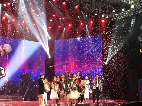 Học trò Vũ Cát Tường đăng quang 'Giọng hát Việt nhí 2017'