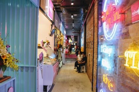 Có gì bên trong khu ăn chơi, mua sắm mới của giới trẻ Sài Gòn?