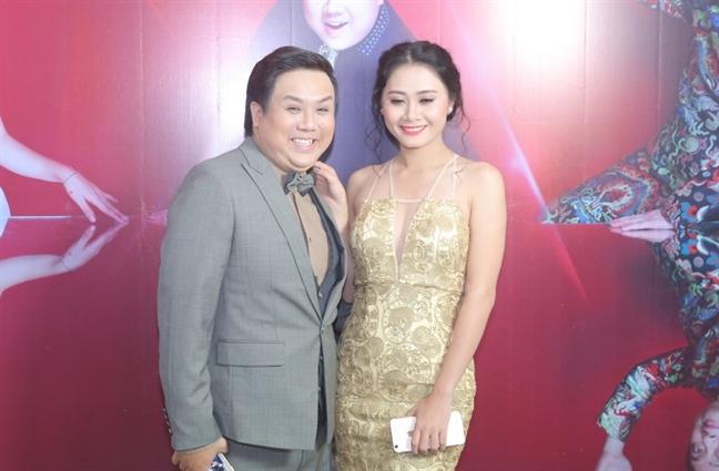 Dien vien Gia Bao: 'Ngay ky giay ly hon, Thanh Hien khoc nuc no'