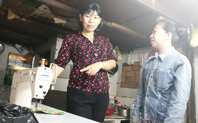 Tang phuong tien lam an cho phu nu ngheo quan 8