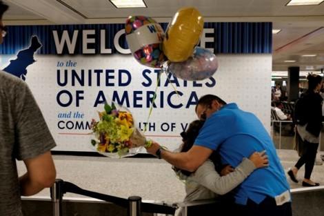 Mỹ: Lệnh cấm nhập cảnh bắt đầu có hiệu lực