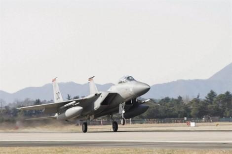 Nhật Bản muốn có tên lửa tầm xa có thể tấn công Triều Tiên