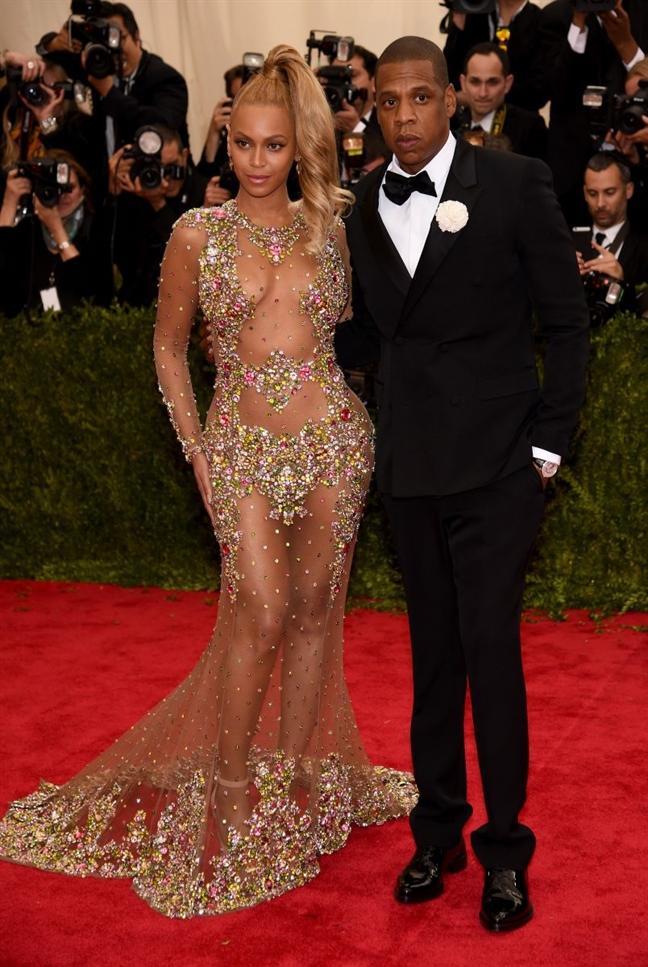 Thu nhap hon 2.000 ty cua Beyonce den tu dau?