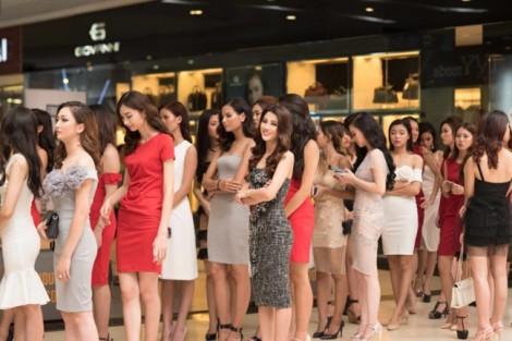 Người người đổ xô thi hoa hậu: Siêu lợi nhuận đến từ danh hiệu