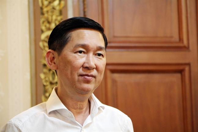 Pho chu tich UBND TP.HCM Tran Vinh Tuyen: 'Se dung may bom giai quyet ngap o Nha Be'