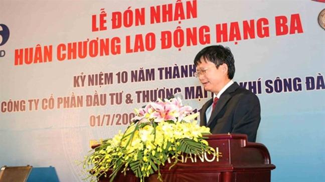Khoi to, bat tam giam Giam doc Cong ty Co phan Dau tu va Thuong mai Dau khi Song Da Dinh Manh Thang
