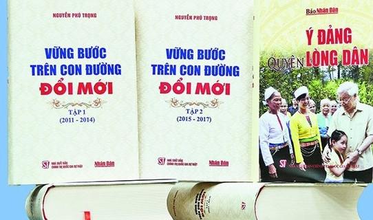 Ra mat bo sach cua Tong Bi thu Nguyen Phu Trong