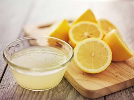Phương pháp tẩy lông hiệu quả nhờ nước lọc, chanh, đường