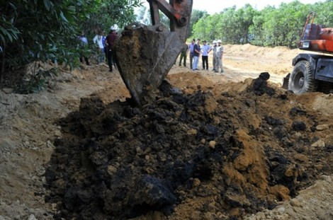 Fomosa Hà Tĩnh bị xử phạt 560 triệu đồng vì chôn chất thải độc hại