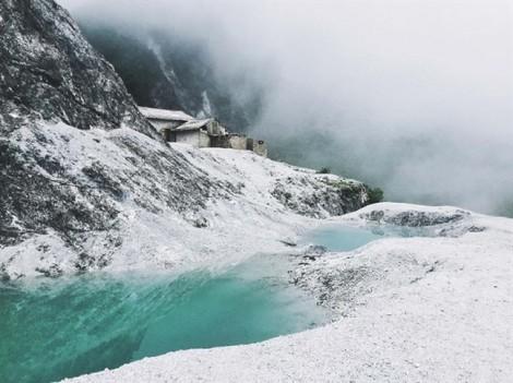 Trắng trời nơi tuyết gặp sương