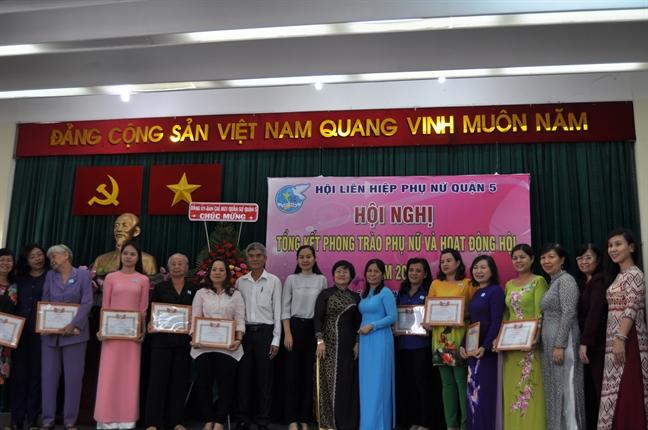 Quan 5: Nam 2017, tren 1 ty dong ho tro phu nu, hoc sinh ngheo