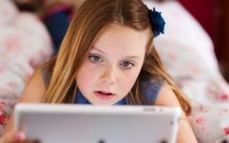 Chỉ cần 2 phút, một tên tội phạm trực tuyến sẽ 'tóm' được một đứa trẻ