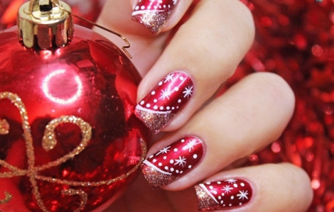 Trang điểm cho đôi bàn tay thêm sinh động mùa Giáng sinh