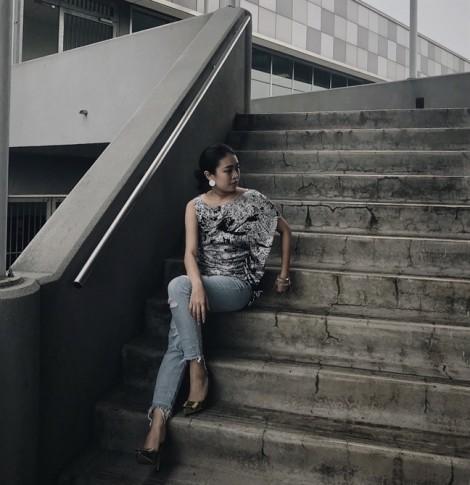 Fashionista Thư Vũ hướng dẫn cách làm mới tủ quần áo rối bời