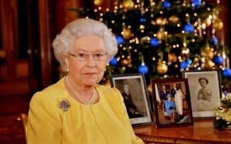 Gia đình Nữ hoàng Anh làm những gì trong dịp lễ Giáng sinh?