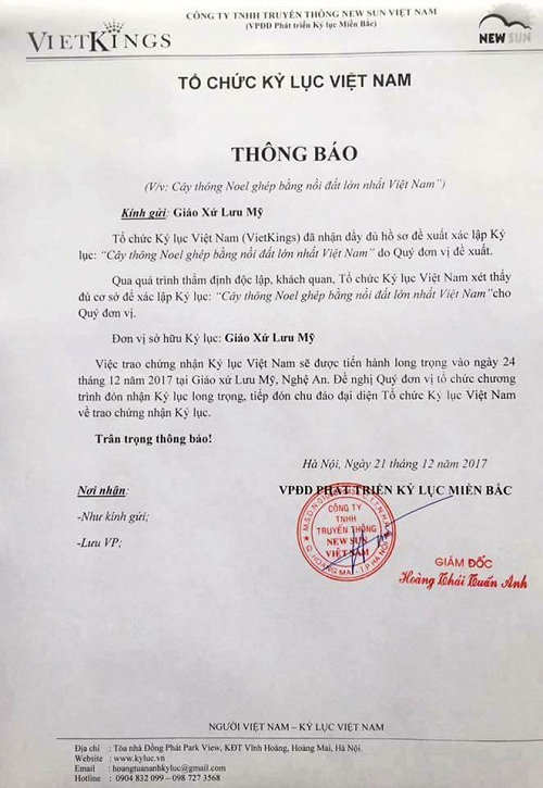 Cay thong lam tu 6.000 chiec noi dat duoc cong nhan ky luc Viet Nam