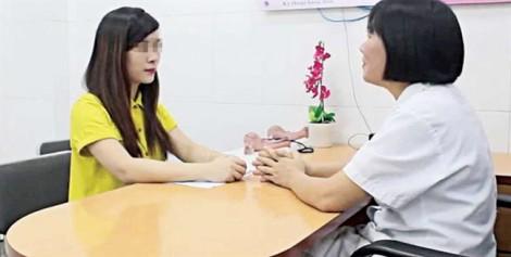Bi hài nghi án vợ chồng ngoại tình và con HPV