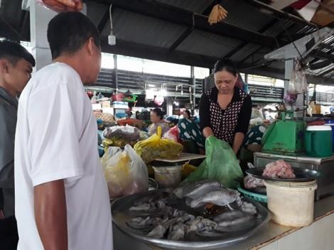 TP.HCM: Bão chưa vào, giá thực phẩm đã tăng 'phi mã'