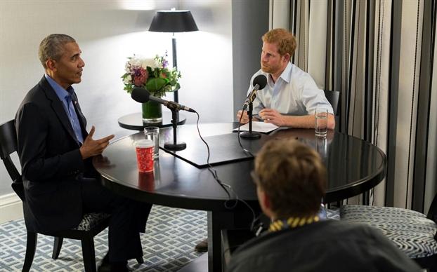 Vi sao Hoang tu Harry gap rac roi khi moi vo chong Obama du dam cuoi?