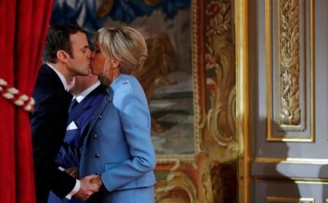 Đệ nhất phu nhân Macron: Nguồn cảm hứng quyến rũ của phụ nữ Pháp