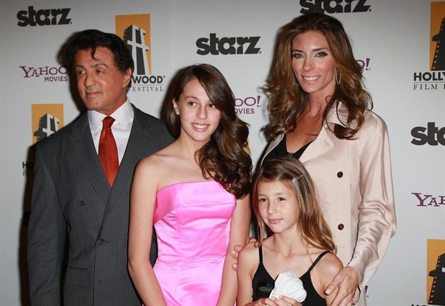 'Huyen thoai phim hanh dong Hollywood' - Sylvester Stallone: 'Toi khong cuong hiep ai'