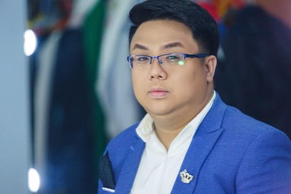 Gia dinh dao dien 'Doi co Luu' thay doi y kien, dong y cho Gia Bao de ten NSND Huynh Nga