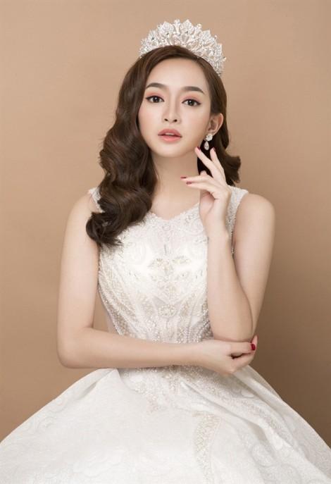 Diễn viên Kaity Nguyễn cuốn hút với phong cách trang điểm trong veo