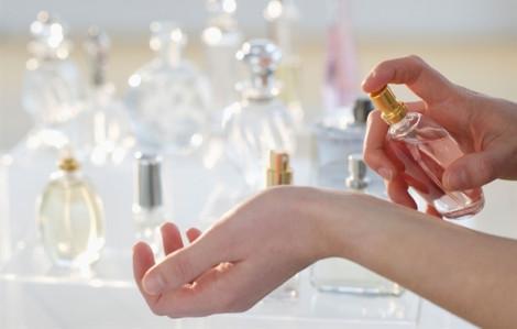 9 mẹo phân biệt nước hoa thật - giả