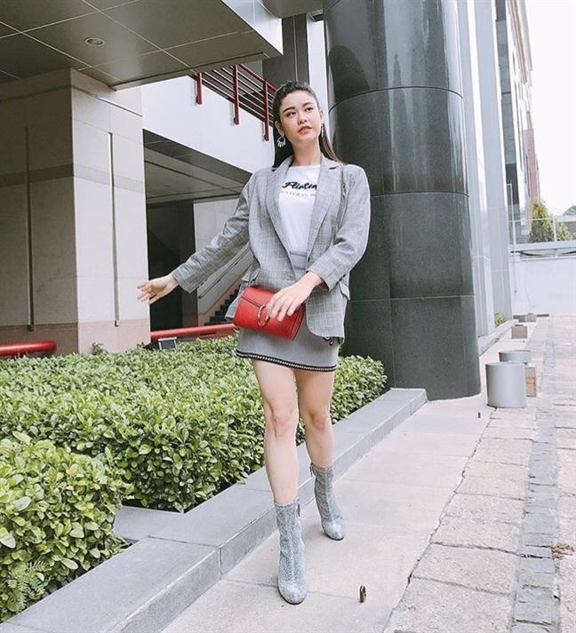 My nhan Viet xung xinh trong street style tuan dau nam moi