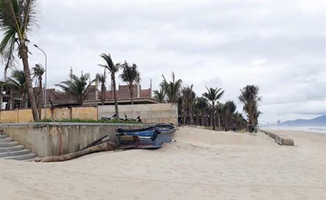 Đà Nẵng: Resort xây dựng sai phép và ngang nhiên lấn biển