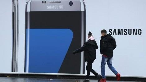 Samsung bị kiện vì quảng cáo sai lệch về bảo vệ nhân quyền
