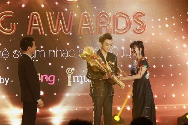 'Keeng Young Awards': Hoi dong am nhac nghi khac khan gia