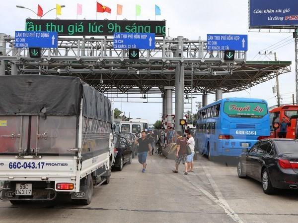 Bo truong GTVT: Xu ly nghiem doi tuong kich dong, gay roi tram phi BOT