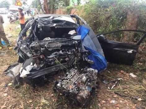 Vụ tai nạn khiến 5 người thương vong: Do ôtô lấn đường
