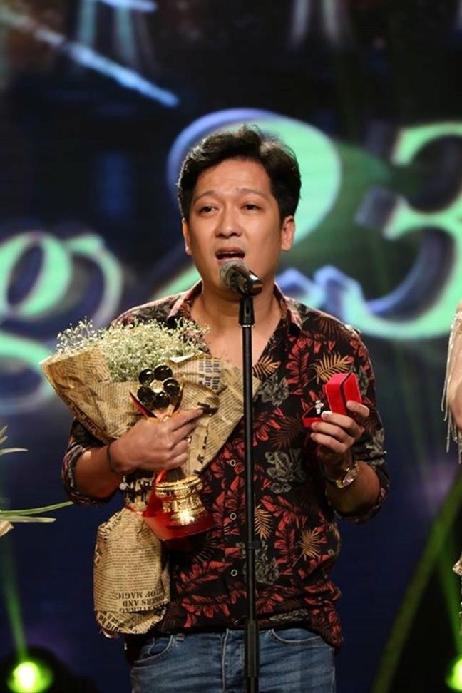 Dao dien giai Mai Vang phan no vi Truong Giang lam hong kich ban le trao giai