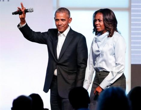 Barack Obama tiếp tục tăng điểm sau khi rời Nhà Trắng