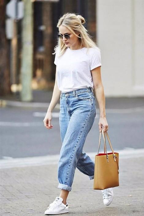 Bạn đã biết cách mặc đẹp với áo thun trắng?